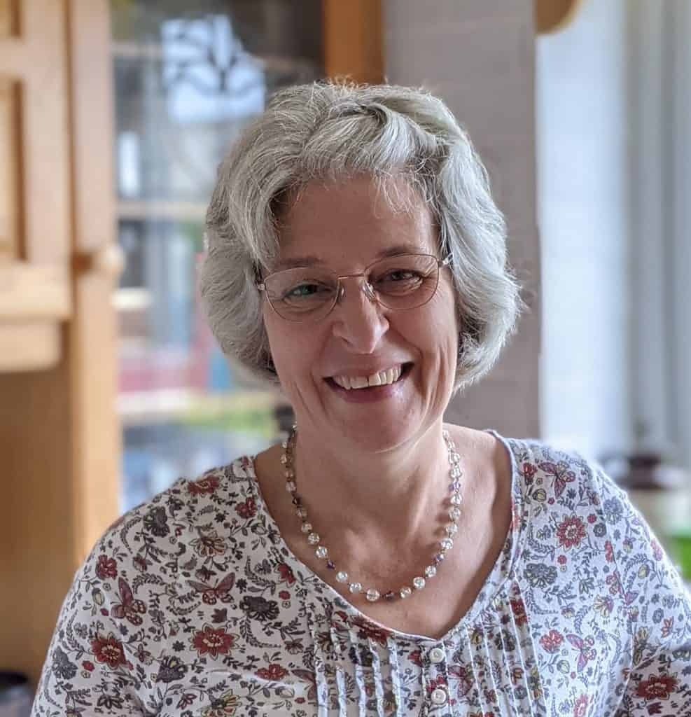 Helen Cronin ~ CEO of Honey Bible Study where personal Bible reading and study is actively encouraged https://www.honeybiblestudy.com